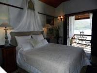 Lovers Nest - Honeymoon Cottage
