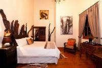 Main Lodge - Queen Room