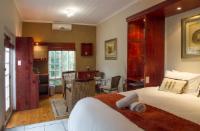 Room 2 luxury Queen