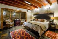 Mongena Family Room