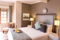 Island Room - Queen bed