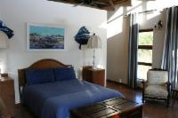 Siqalo's Hippo room - selfcatering for 2