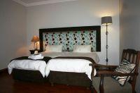 Bachelor Room