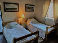 Chenin Blanc Cottage Room 2