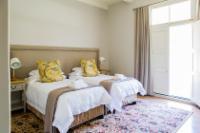 Room:10 Deluxe Twin Room