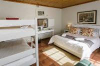 Standard Room Queen bed + Bunker + Couch