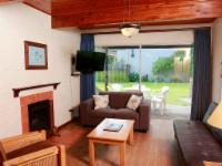 1 Bedroom Garden View with Sleeper Couch