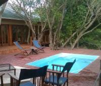 House 4: 3 Bedroom House/pool