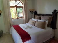 Queen Room - Bougainvillea
