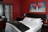 Cosy Silver and Red Room