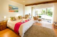 Room 12 - Ground Floor Corner Suite