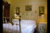 Tuishuise House (2 Sleeper, 1 bathroom)