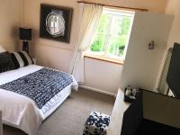 2:Double Room (Mountain & Garden View)