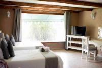 Luxury Loft En-suite Rooms - 2 Singles