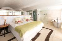 Guest House Cellar Garden Suite 6