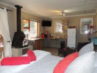 Cabin 1- LOVER'S NEST( Honeymoon Suite)