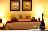 Honeymoon/Executive Suite