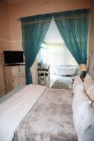 Room 3 Luxury Room - The Dressing Room