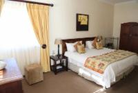 Self-Catering/B&B Suite (King)