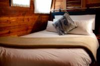Houseboat - Riverboat