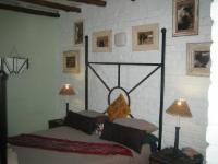 Farmhouse Room 2