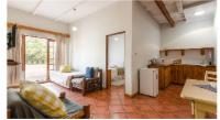 Self-catering (1-2 people)