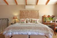 One bedroom open plan garden apartment