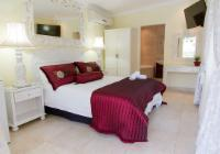 Room 8 (Supreme Room)