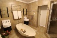 UNIT 7 Apartment 1 Bedroom King(Air-con)