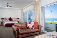 Ground Floor Seafacing Rooms