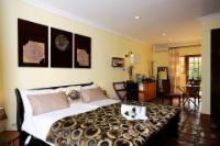 """""""Leopard"""" Cottage - Standard Queen Room"""