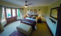 Amanzi Country House (sleeps 8)
