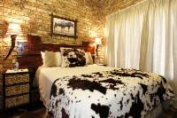 Wildebeest Room