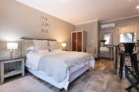 Superior Queen Room with Bath & Shower