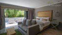 Luxury Garden Suite 2