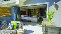 Luxury Garden Suite 3