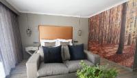 Luxury Garden Suite 5
