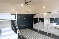 8 Sleeper, Mixed Dorm B