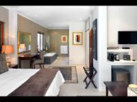 Superior King Suite (2)