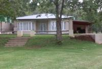Acorn Cottage ( R400 pp minimum R1200 )