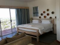 10-Family Room-Ocean & Mountain Views