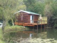 Luxury waterfront Cabin for 2