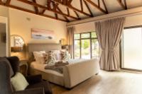 Magnolia King Suite
