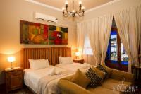Twin En-suite Room with Air-Con