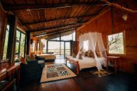 Marula (Luxury Family Tree House)
