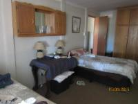 Self-Catering 02 - 2 single Beds