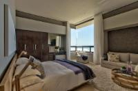 Executive Suite East