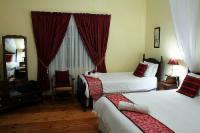 Self-Catering Twin Room