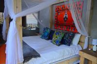 Retreat Luxury Lodge