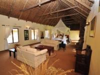 Izintaba Lodge (15 Sleeper)